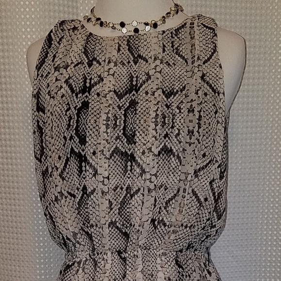 Jessica Simpson Dresses & Skirts - Jessica Simpson sleeveless dress snake skin print